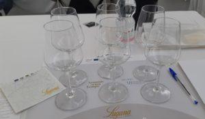 Bicchieri vuoto degustazione Lugana